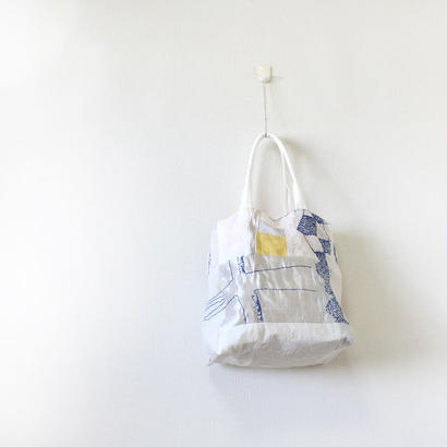 刺繍バッグ「モヨウ」