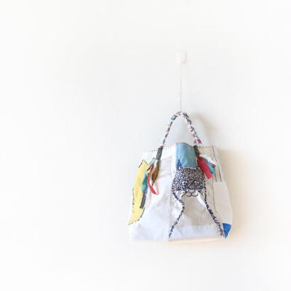 刺繍バッグ「ハナとネコとクモ」再販3