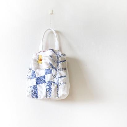 刺繍バッグ「モヨウ」2