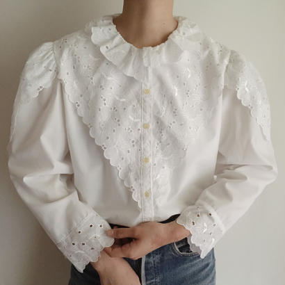 eurovintage flower motif lace design blouse