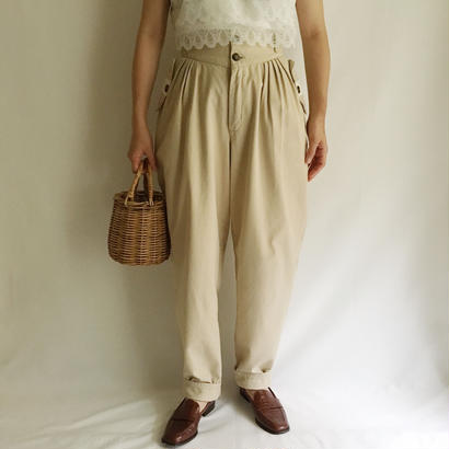 Euro Vintage Tuck Design Tapered Pants