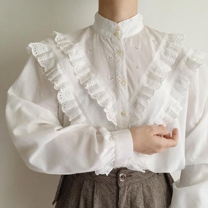 Euro Vintage Stand Collar Scallop Lace Blouse