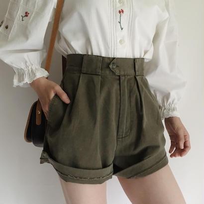 BANANA REPUBLIC Khaki 2 Tuck Short Pants