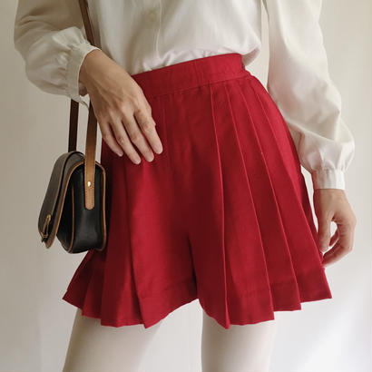 Euro Vintage Red Pleats Short Pants