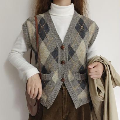 Euro Vintage Argyle Knit Vest