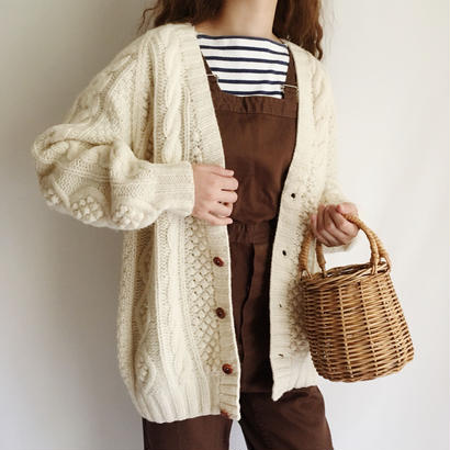 Shet Land Wool Cable Knit Cardigan