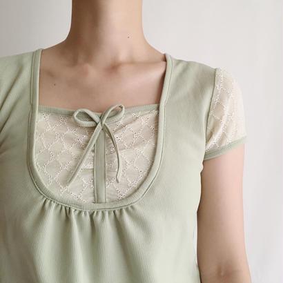 Euro Vintage Ribbon × Lace Tee