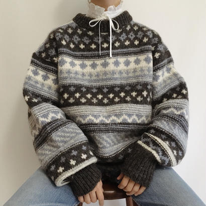 Euro  Vintage Nordic Over Shilhouette Knit Sweater