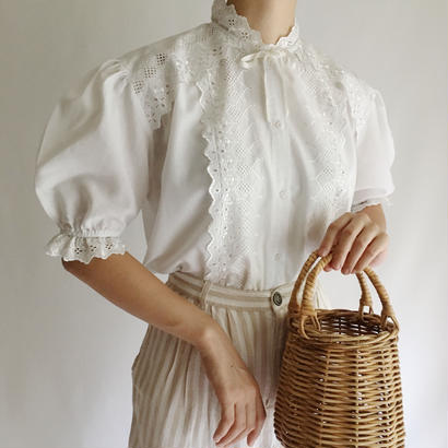 Cut Work Lace Puff Sleeve Blouse