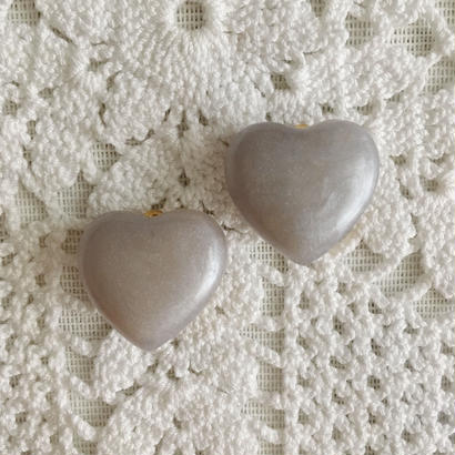 【gray】 80's heart motif earring