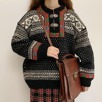 Euro Vintage Black  × Off White Nordic Knit Sweater