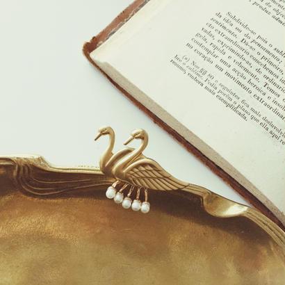 Swans pearl back catch pierce《片耳用》