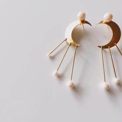 Twinkle Twinkle Moon earrings (スイング)