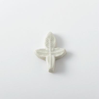 箸置き 白釉 Mサイズ 01