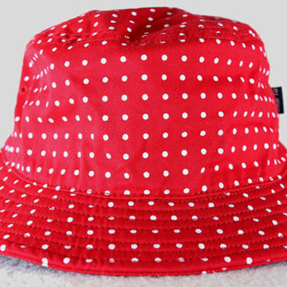 UNDEFEATED Dot Bucket Hat アンディフィーテッド ドット バケットハット