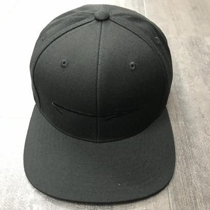 LEGALIZE ARROW SNAP BACK CAP BLACK/BLACK