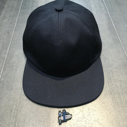 HOTEL BLUE HAT WITH PINS NAVY