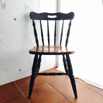 ビタープレッツェルの椅子