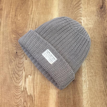 Seams Knit Beanies Old Gold
