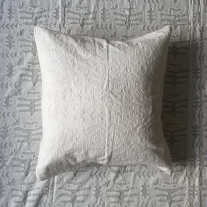 Khadi Cutwork Cushion Cover (Birds)