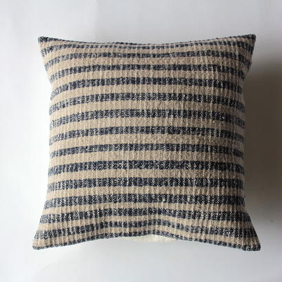 Gara-bou × Khadi Cushion Cover (Indigo Gray Border)
