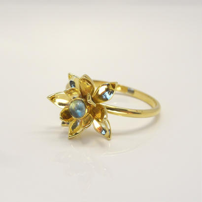 Garden-hasu-Ring | blue topaz