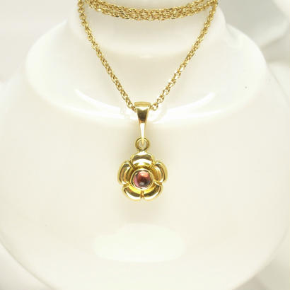 Garden flower necklace | type A | rhodolite garnet