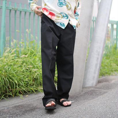 one tuck black slacks