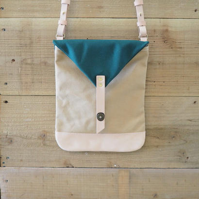 帆布Book Bag(サンドベージュ×ダークグリーン)