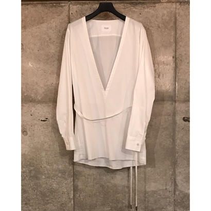 V Neck Strap Shirt. -Cotton Broad Cloth-