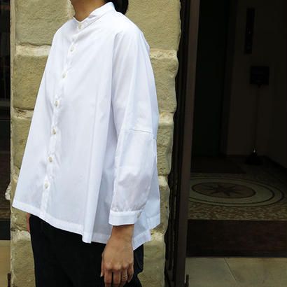 STAMP AND DIARY / BAND COLLAR BIG BLOUSE