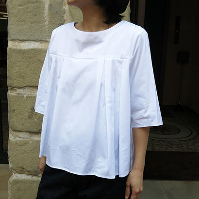 STAMP AND DIARY / TUCK BLOUSE
