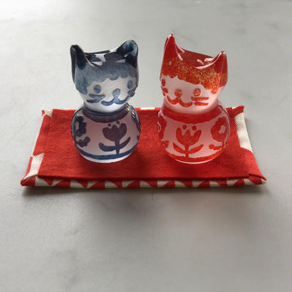 猫のおひなさま(3つのお花)