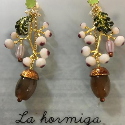 La Hormigaピアス/Bell acor O7