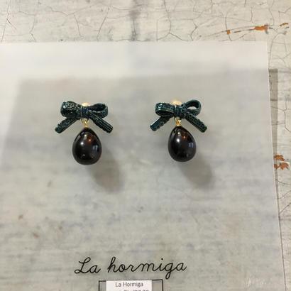 La Hormigaピアス/ドロップネイビーリボン