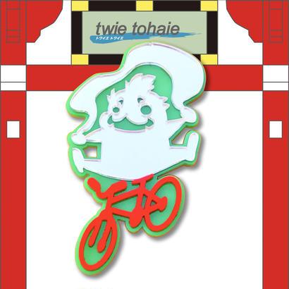 風神ブローチon自転車 リフレクターブローチ