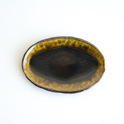 アメ釉オーバル小皿
