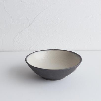 寺田昭洋 リム小鉢4寸白黒