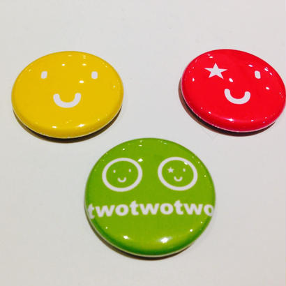 twotwotwo缶バッジ3個セット