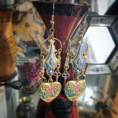 Vintage pierce/earring「花とハートと南京錠」