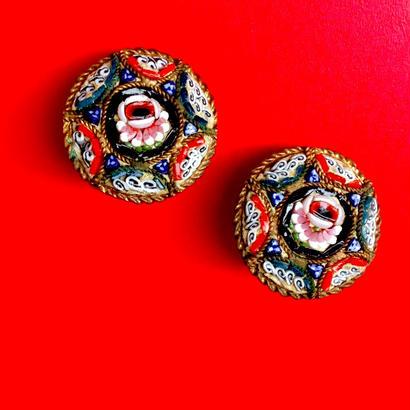 Vintage Micro-Mosaic Earring「小円形、中心にピンクの薔薇」