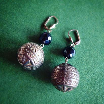 Vintage Pierce/Earring「エスニック・ボール」