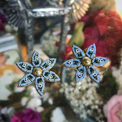 """Vintage earring """"micro  mosaic""""「6花弁の中に小さな花」"""