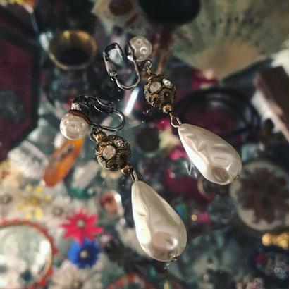 Vintage earring「揺れる雫」
