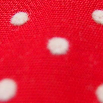 #010 レトロな凹凸の大きな水玉柄  赤と白