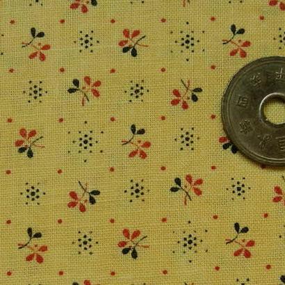 #138 レトロな赤と黒の小花柄