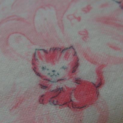#415 レトロなピンクの子猫ちゃん柄 ネル生地