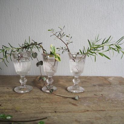 吹きガラスのリキュールグラス