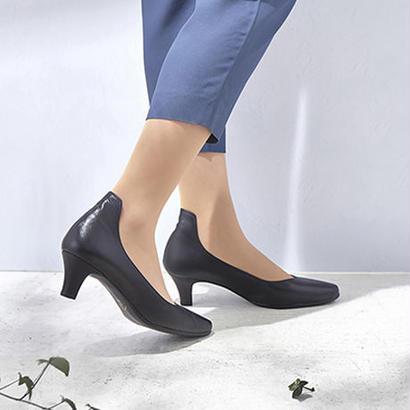 【佳歩と靴】 LINE01  Black