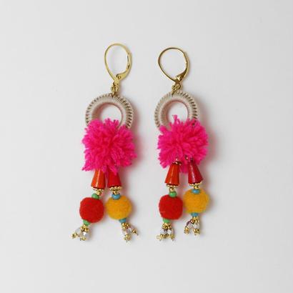 pompon pierce/earring PinkXBeige